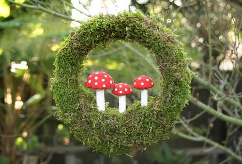 Moss Toadstool Wreath