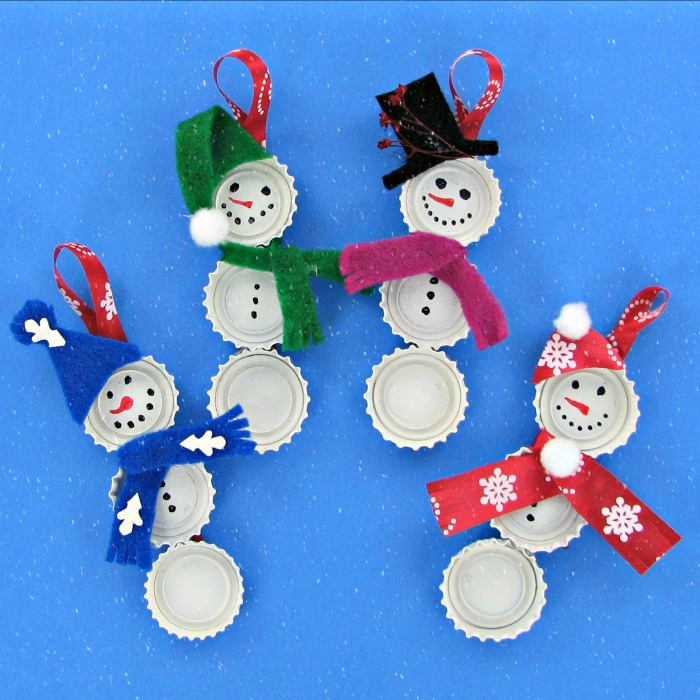 These Bottle Cap Snowman Ornaments are very easy to make and the kids will love to be involved in the project.