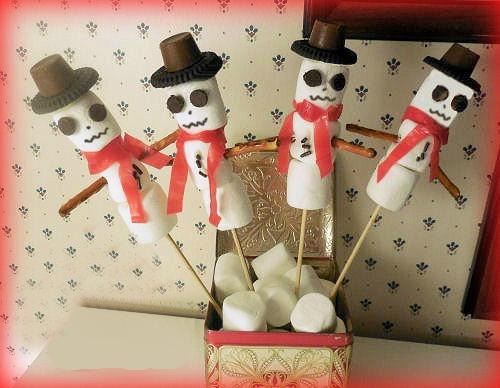 DIY marshmallow snowmen