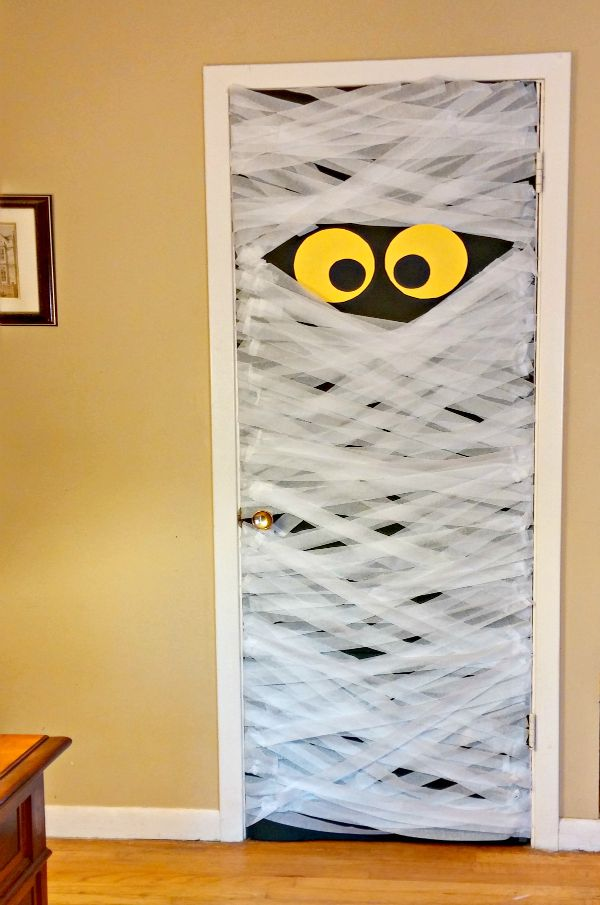 Diy Mummy Door Decoration Always The Holidays