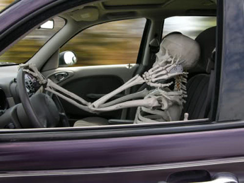 skeleton driver for halloween - Car Decorations For Halloween