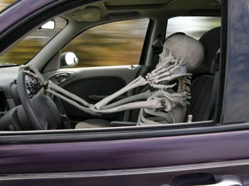 Skeleton driver for Halloween