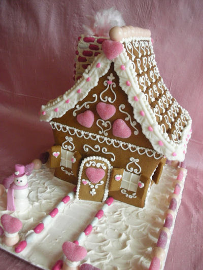 Pretty In Pink - Gingerbread House decorated with hearts from http://with-love-and-confection.blogspot.com/