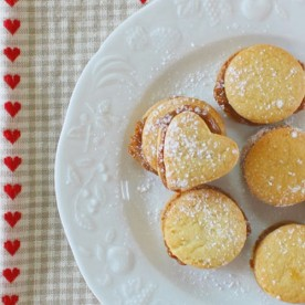 Sweetheart Cookies - Brazilian Sweet treat from mollymel.blogspot.com