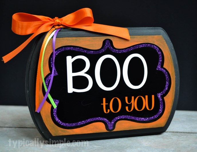 http://typicallysimple.com/boo-to-you-halloween-sign/ from typicallysimple.com