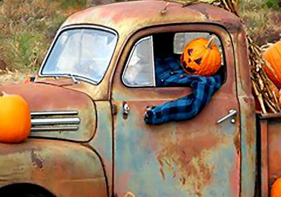 Jack O Lantern Truck from carproperty.com