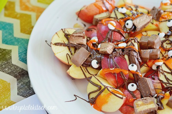 Apple nachos set a spooky mood from krystalskitsch.com
