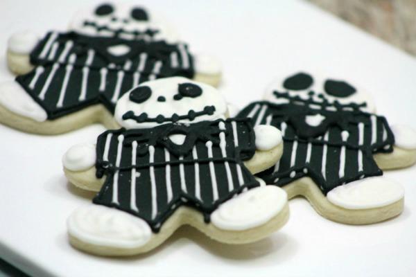 Spooky Zombie Halloween cookies from jennsblahblahblog.com