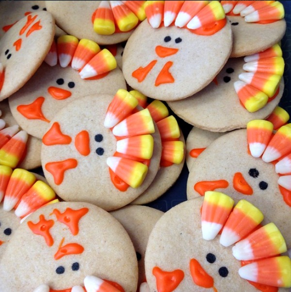 Candy corn turkey cookies from crafymorning.com