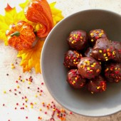 These peanut butter chocolate truffles have a lovely coating of chocolate with some autumn leaf sprinkles. I love the texture that flax seeds and chia seeds add to the mixture.