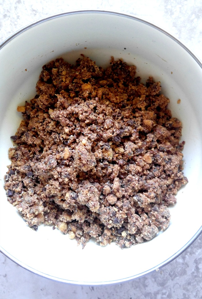 Chis seeds and flax seeds add a healthy texture to the bites