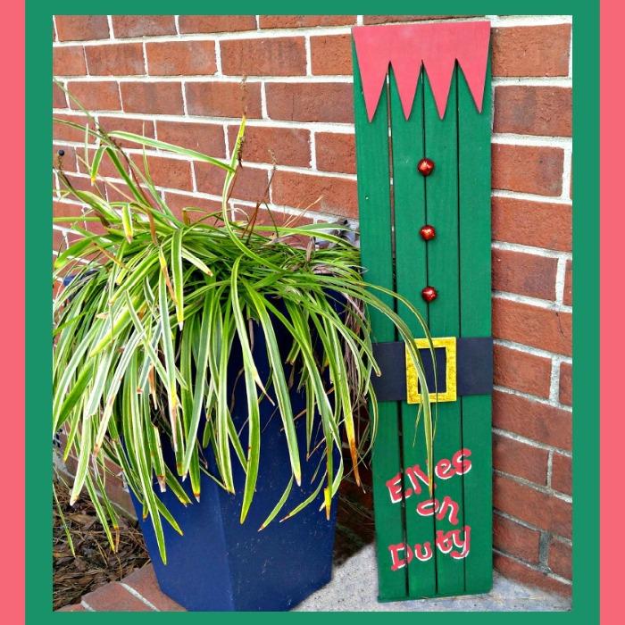 Elf Doorway Sign on Display
