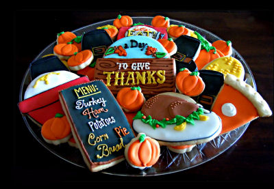 These thanksgiving cookies help us remember what the day is all about.