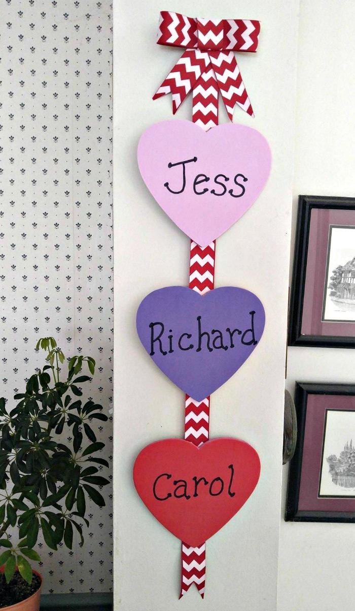 DIY Valentine's Day Wall Hanging