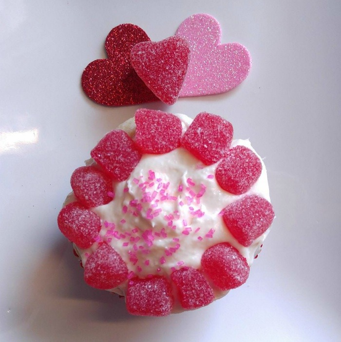 Mini gumdrops make an easy Valentines cupcake decoration