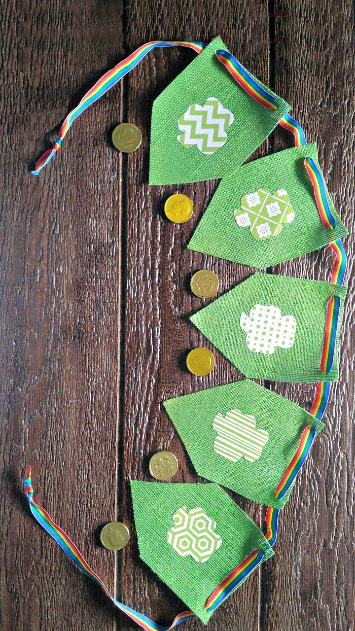 This St. Patrick's Day Banner is an easy no sew project that is perfect for a St. Paddy's day party