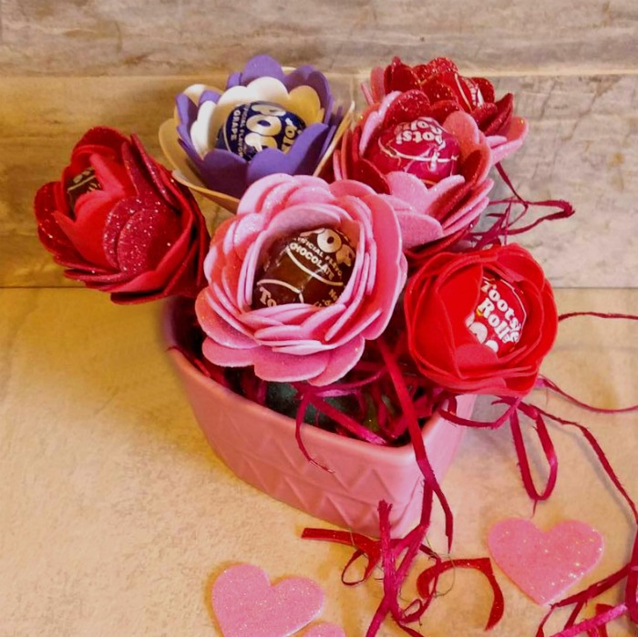 Tootsie Pop Flower Valentines