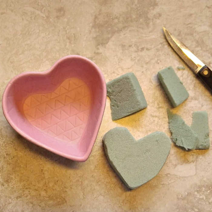 Cut foam for a heart shaped bowl