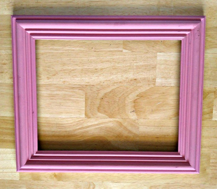Paint your picture frame pink