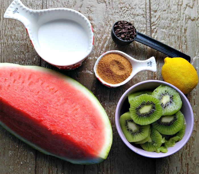 Ingredients for Watermelon kiwi pops