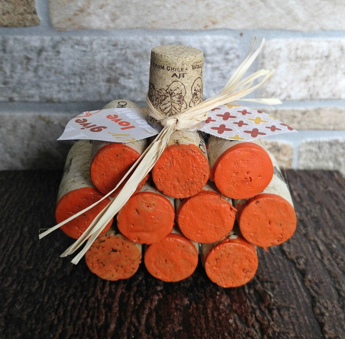 Mini wine cork pumpkin