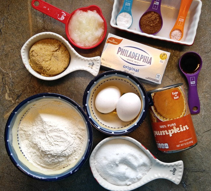 Ingredients for pumpkin muffins