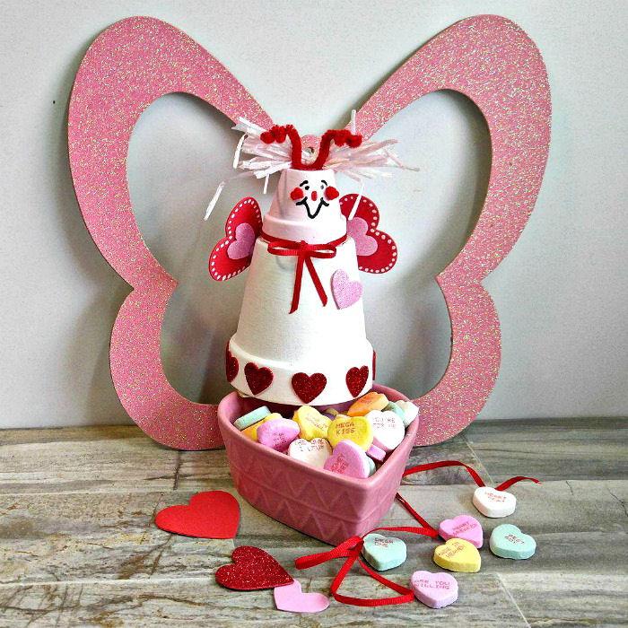 Clay pot love bug candy Dish