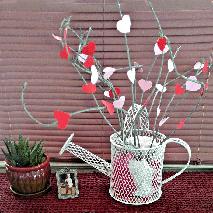 Valentine's Day heart tree makes great seasonal decor