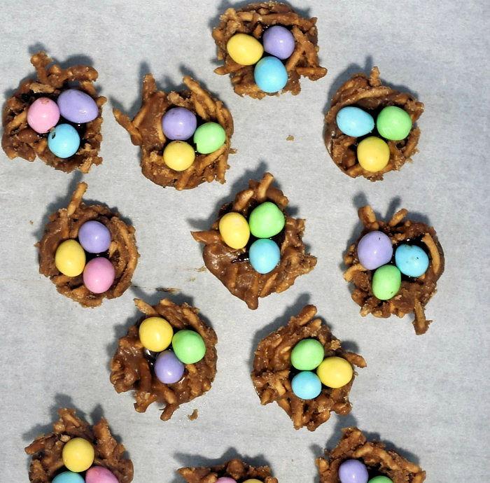 Birds's nest cookies on parchment paper