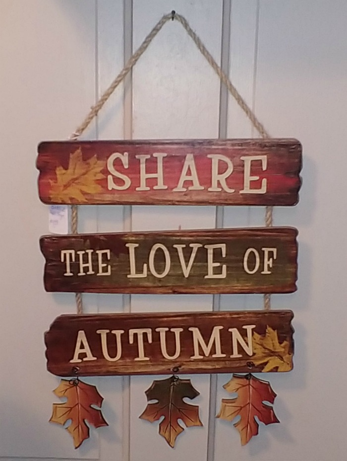 Share the love of Autumn sign
