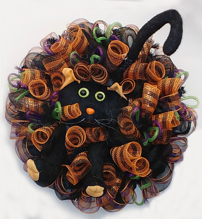 Haloween deco mesh wreath with a cat center