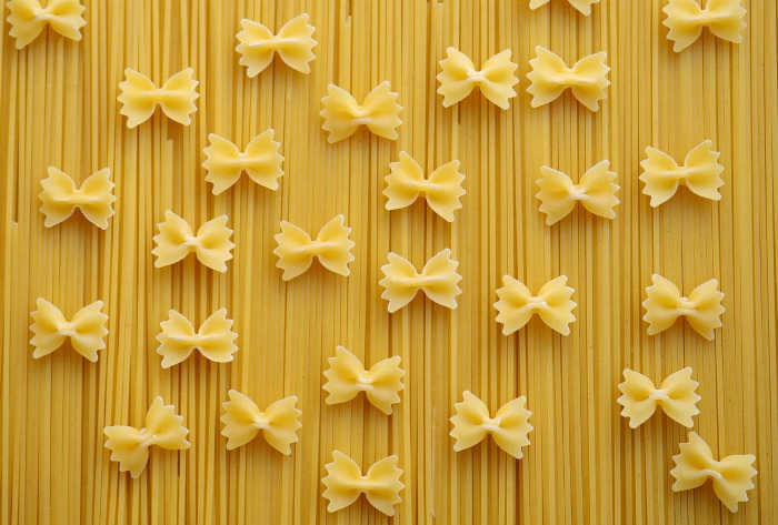 Bowtie pasta and spaghetti