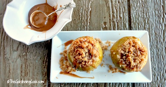 Apple Crumble Baked Apples – A Healthy Alternative