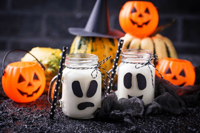 Pumpkins and Mason Jar Ghosts with polka dot straws
