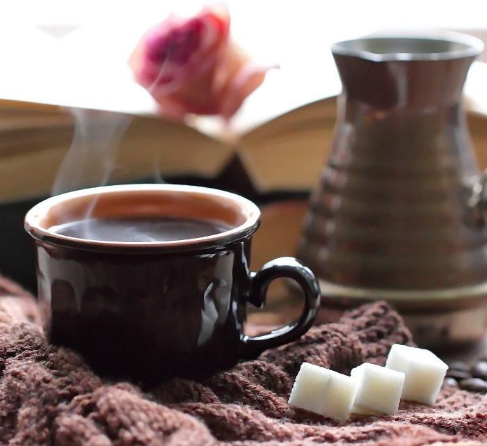 mug of cocoa and coffee
