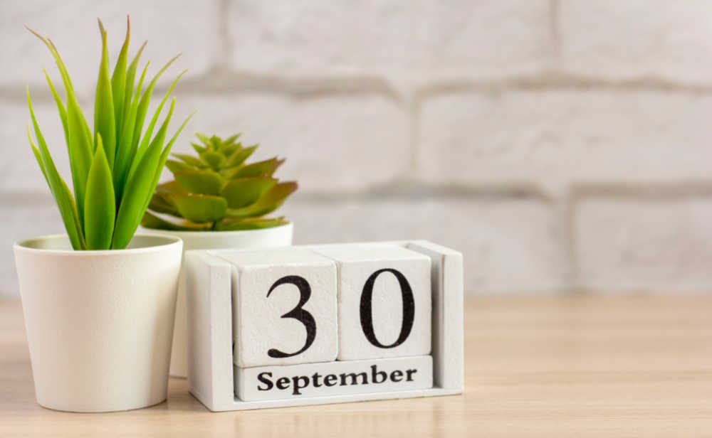 Block calendar and plants with date September 30.